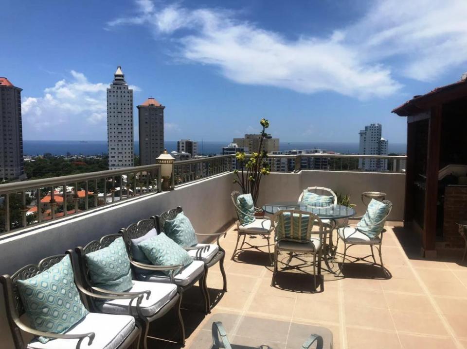 Penthouse en venta en el sector LOS CACICAZGOS precio RD$ 13,500,000.00 RD$13,500,000