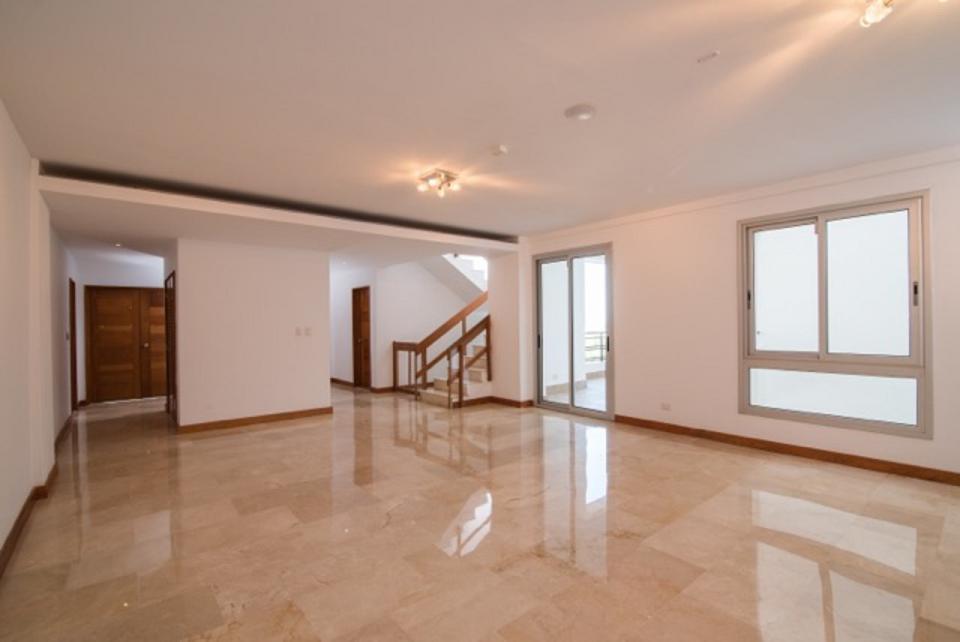 Penthouse en venta en el sector LOS CACICAZGOS precio US$ 670,000.00 US$670,000