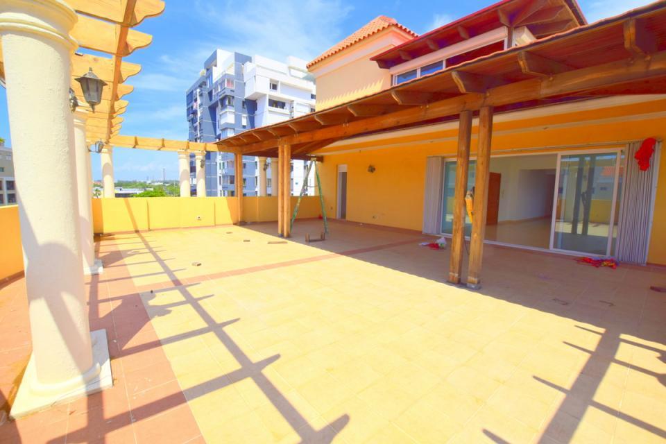 Penthouse en venta en el sector ZONA UNIVERSITARIA precio US$ 220,000.00 US$220,000