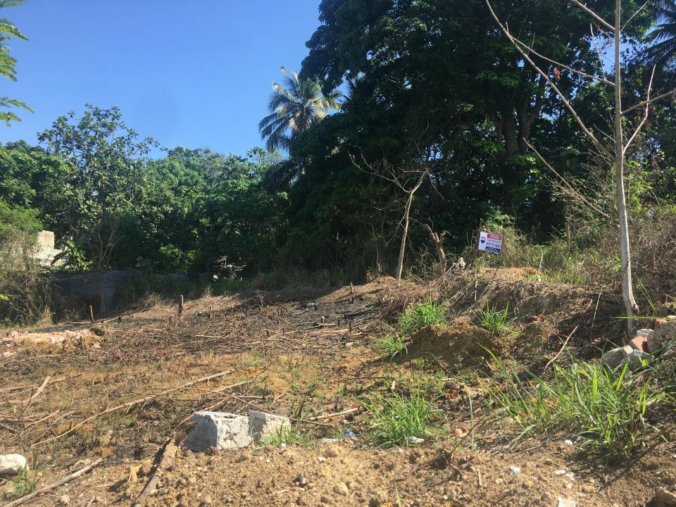 Terreno en venta en el sector ARROYO HONDO precio RD$ 1,800,000.00 RD$1,800,000